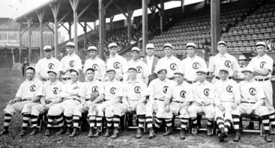 The 1908 World Series champion Chicago Cubs (www.grayflannelsuit.net)