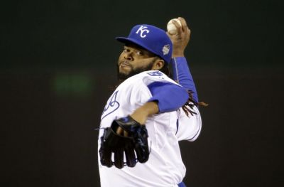 Johnny Cueto saved the Royals bullpen with his Game 2 complete game. (www.kingsofkauffman.com)